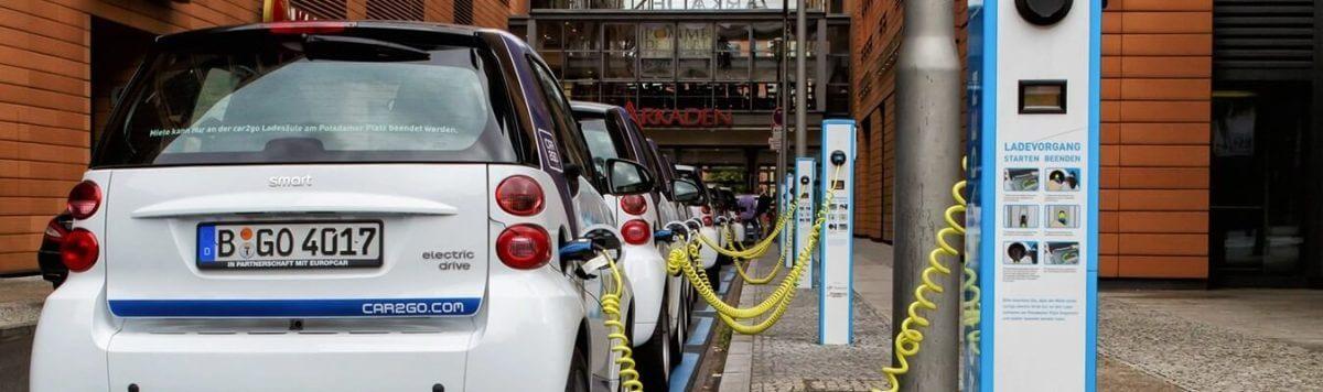 mais que 50 dos carros vendidos na noruega ja sao eletricos 030897 - 85% dos carros vendidos na Noruega no mês passado eram elétricos